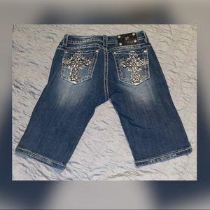 BKE Miss Me Bermuda shorts size 29 ❤️